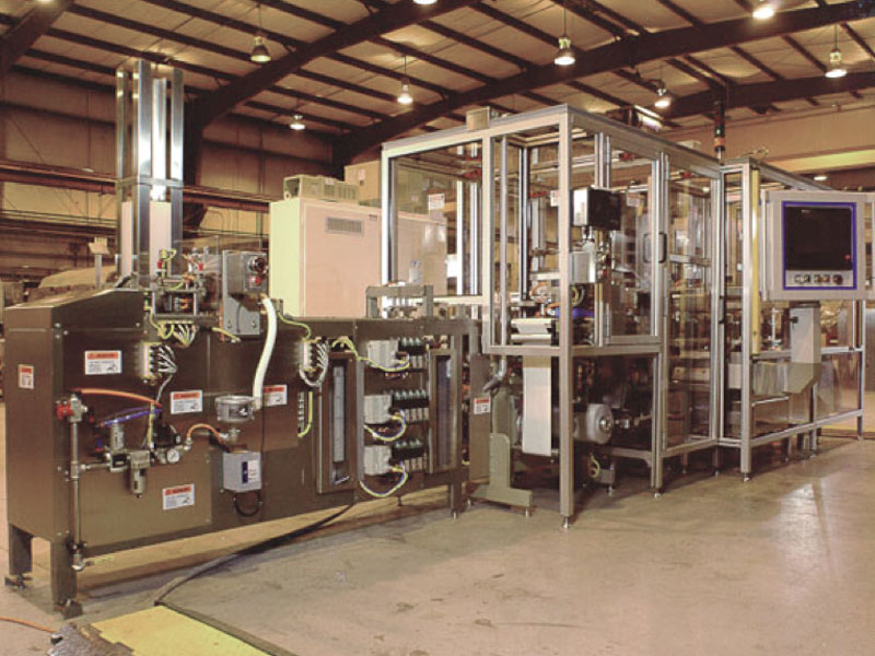 Universal_Machine_Contact_Lens_Packaging_Line_2